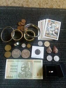 ESTATE JUNK DRAWER LOT, OLD COINS, OLD BASEBALL CARDS, ARROW HEADS AND MORE...
