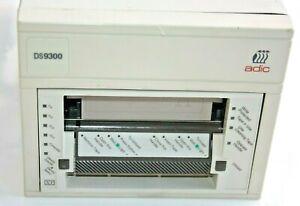 ADIC DS9300D  externer Streamer Bandlaufwerk SCSI 50p beige
