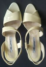 Brian Atwood Vernice Vintage D'orsay Pumps- Soft Yellow - Size 40 Made In Italy