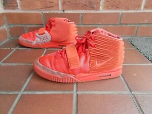 NIKE AIR YEEZY 2 RED OCTOBER Trainers * 10 uk *