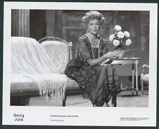 ANNETTE BENING in Being Julia '03 FLOWERS
