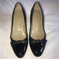 Women's EASY SPIRIT Esraniellle Pumps Black Patent Leather Size 6M EUC