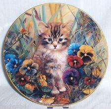 Kätzchens Gartenfreuden 1. Bradex Katzen Sammelteller = MINKA gut getarnt