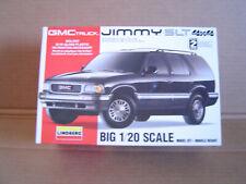 Lindberg GMC JIMMY SLT 4 x 4 Truck 1:20 Scale #72579