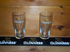 GUINNESS STOUT 2 GALAXY STYLE 20oz GRAVITY BEER PINT GLASSES, BAR MAT RUNNER NEW
