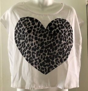Divided H&M Heart Print Shirt Top Blouse white Women's Size 8 Sleeveless cropped