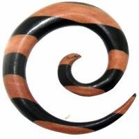 Tribal Holz Piercing Expander, braun-schwarze Spirale, aus Eisen- und Rosenholz,