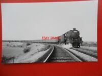 PHOTO  2 LMS BLACK FIVE HAULING A LONG PASSENGER TRAIN