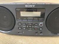 Sony Bluetooth Mega Bass Portable Am/fm Radio CD Aux USB Reader ZSRS60BT