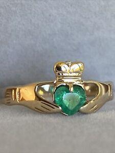 Heart Shape Emerald Claddagh Ring Size Q 1/2