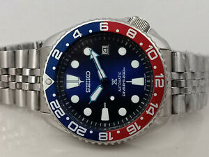 LOVELY SAVE THE OCEAN MOD SEIKO DIVER 7002-700A AUTOMATIC MEN'S WATCH SN 690765