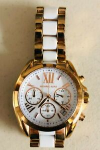 Michael Kors Women's Wrist Watch MK 5907  Needs Battery