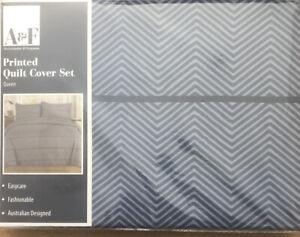 Abercrombie & FeRguson  Printed Quilt Cover set Queen 1 X Cover 2 X Pillowcase