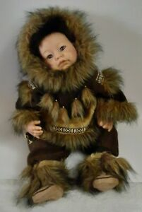 """Lee Middleton - Reva Schick """"Inuit of Canada"""" Children of the World doll RARE"""