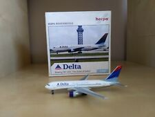 "Delta Airlines  ""Spirit of Delta"" Boeing 767-200 1:500 scale by Herpa"