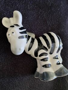 Small Vintage Zebra FIgurine Porcelain Made In Japan By Quon Quon