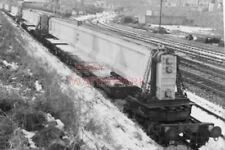 PHOTO  CONCRETE SUPPORT FOR BRIDGE ON TRAIN