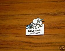 KEYSTONE COLORADO SNOWMAN FELL SKIING IN SNOW SKI PIN BADGE/LAPEL/HAT/MOUNTAINS