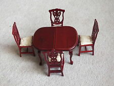 Dolls House Table & Chairs (New)