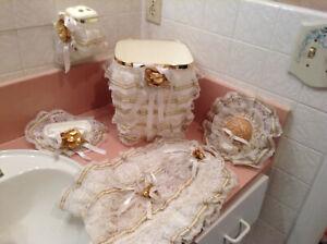 Vintage 1990's Wedding Bathroom Handmade White & Gold Leaf Lace 5 Piece Set