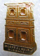 Pin's Le Musée du Meuble Normand Normandie #1625