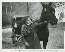 LAURA ANTONELLI MOGLIAMANTE 1977 VINTAGE PHOTO ORIGINAL #2