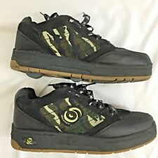 Spinners Black Camo Boys Mens Skate Roller Shoes Tennis Shoes Size 8 EUC (B)
