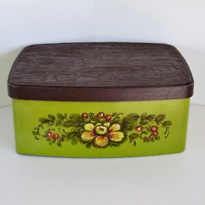 Willow Biscuit Tin Green with Floral Decoration & Faux Wood Lid c.1960s