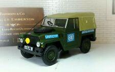 Voitures, camions et fourgons miniatures en plastique pour Land Rover 1:43