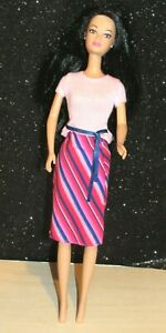 VINTAGE VUE SAL ASIAN BARBIE CLONE DOLL-WITH OUTFIT EUC