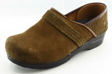 Sanita Size 38 M Round Toe Brown Clogs Leather Wmn