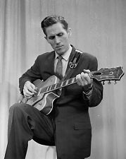 "Chet Atkins 10"" x 8"" Photograph no 15"