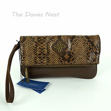 SIMPLY VERA WANG Faux SNAKESKIN CLUTCH Fold Over BROWN WRISTLET Gold Tone PURSE
