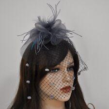 Haargesteck Fascinator Schleier Pünktchen Haarschmuck Blume Netz Federn GRAU