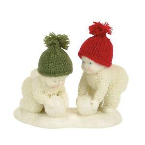 Dept 56 Snowbabies Making Snowballs 4058297