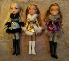 Bratz Bundle of Three Dolls - Wintertime Collection/Triplet Outfits