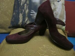 Womens Clark's Artisan Mary Jane suede shoes burgundy size 5