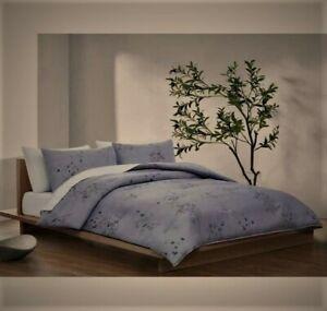 "Calvin Klein BAMBOO FLOWER  King Comforter 2 Sham covers Set New 110"" by 96"""