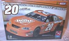 amt 1/25 Tony Stewart #20 Home Depot 2005 Monte Carlo