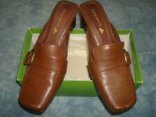 EASY SPIRIT BROWN SHOES SIZE 8M