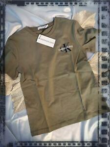 Calvin Klein T-Shirt Chest Monogram Größe 140,152,164,176 NEU Sommer 2021