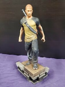 InFAMOUS 2 Cole MacGrath PVC Statue Collectible Figure 2011