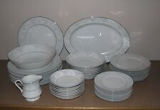 40 Piece Formal Dinnerware Set Berkeley House China Grace Blue White Platinum