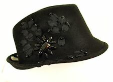 womens Icing hat black 100% wool one size headband liner design on side