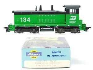 HO Scale Athearn 4002 BN Burlington Northern SW1500 Diesel Locomotive #134