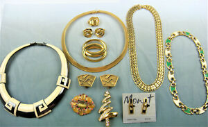 11 Pc. All Signed Monet Lot Vintage Jewelry Rhinestones