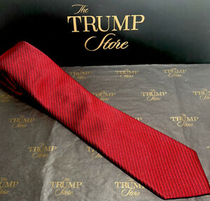 PRESIDENT DONALD J TRUMP Signature Collection Tie -New with Tags