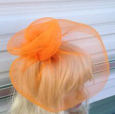 Arancione Fascinator con Piume modisteria Burlesque Cerchietto Capelli Pezzo Cappello di nozze
