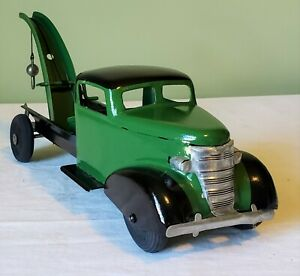 Early Turner Toys Chevrolet Cab CUSTOM TOW TRUCK 30's V RARE NICE