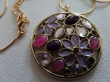 HIPPY RETRO FLOWER PURPLE PINK STONE SET ROUND DISC ON GOLD NECKLACE new boxed